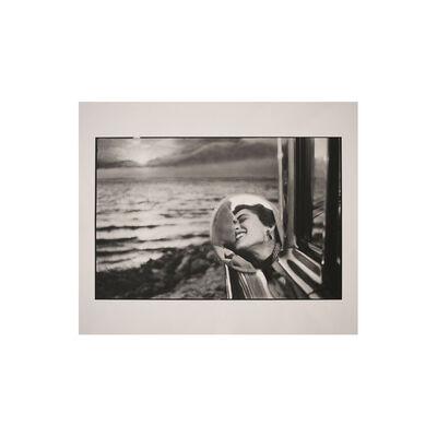 Elliott Erwitt, 'Malibu Kiss', 1955