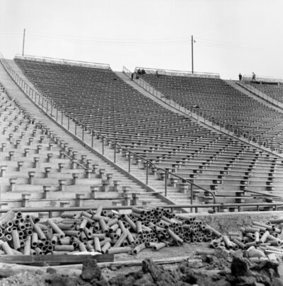 Zbigniew Dlubak, 'Stadium'