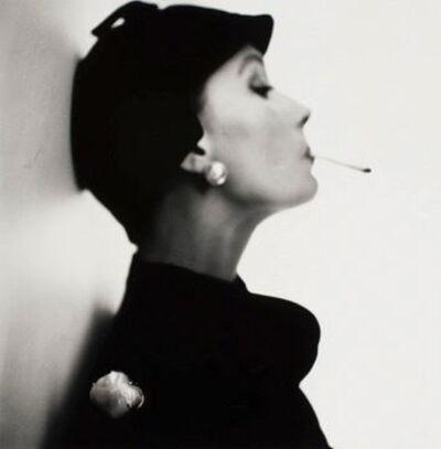 Irving Penn, 'Velvet Helmet Hat (Sue Jenks), New York, 1949', 1949