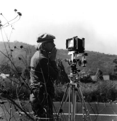 Graciela Iturbide, 'Manuel Álvarez Bravo en el campo, México', ca. 1970