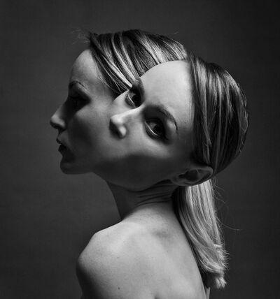 Flóra Borsi, 'Siamese', 2016