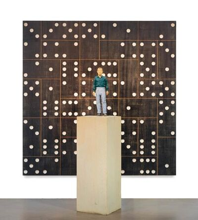 Stephan Balkenhol, 'Mann mit grünem Hemd und Relief Domino', 2007