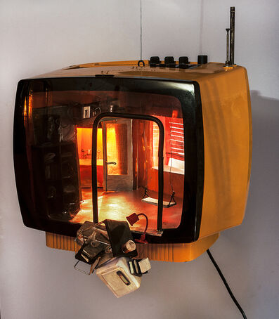 Paola Risoli, 'Piccola TV', 2010
