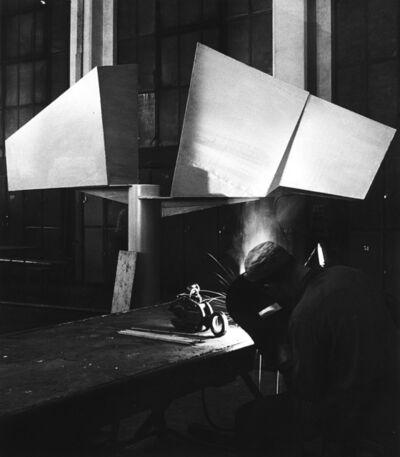 Ugo Mulas, 'Two Winged Figures, Lynn Chadwick', 1962