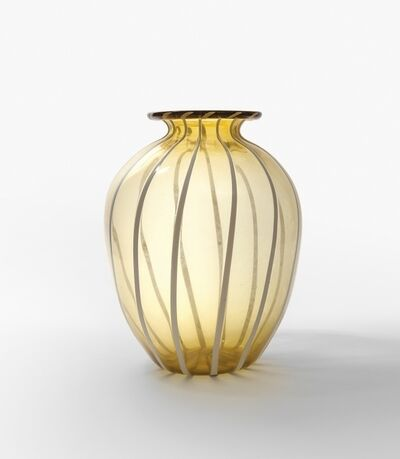 Napoleone Martinuzzi, 'An amber transparent blown glass vase with vertical lattimo glass rods'