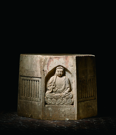 Unknown Chinese, 'A Large White Sandstone Pagoda Section of Octagonal Form Carved in Relief with Panels of Four Buddhas 元 八角砂岩雕佛像寶塔殘部', China: Yuan Dynasty (1279-1368)