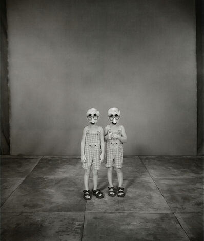 Mary Ellen Mark, 'Jordan and Joseph Basinger, 3 years old, Joseph older by 2 minutes, Twinsburg, Ohio', 2002