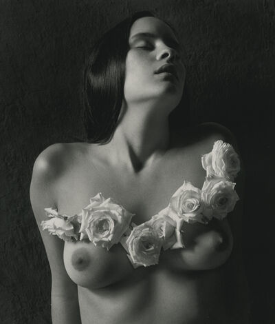 Flor Garduño, 'Vestido eterno / Endless Dress', 1999