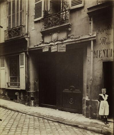 Eugène Atget, 'Porte, vieille maison, 15 rue Servandoni (Door, old house, 15 Servandoni Street)', 1903-1904
