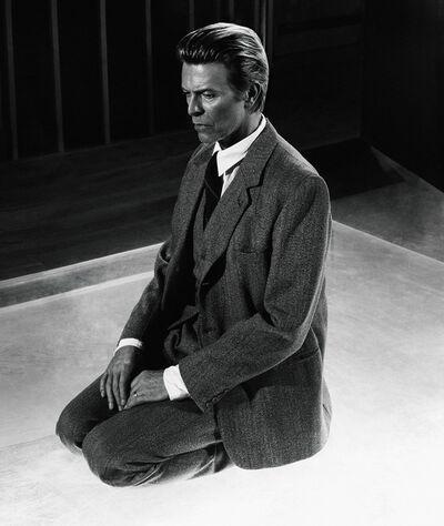 Markus Klinko, 'David Bowie Kneeling'