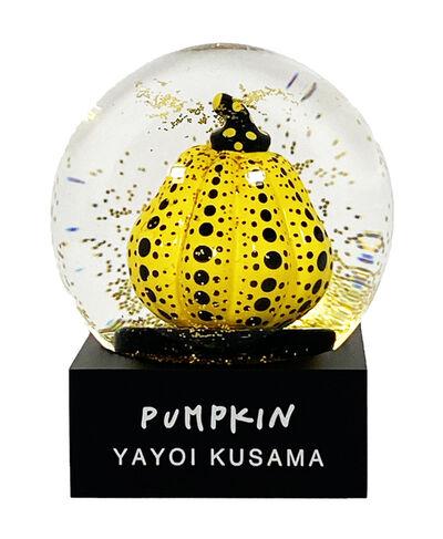 Yayoi Kusama, ''Pumpkin Snowglobe'', 2019