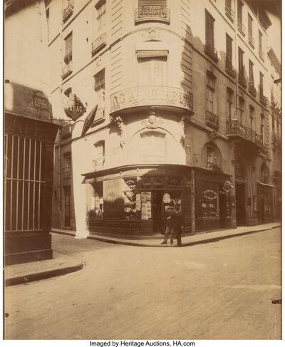 Jean-Eugene-Auguste Atget, 'Hôtel du Griffin, 52 rue André des Arts', 1900