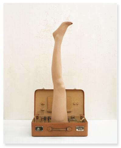Jose Luis Santalla, 'Cuero legitimo con flor (Homenaje a Marcel Duchamp, La bôite en valise)', 2005