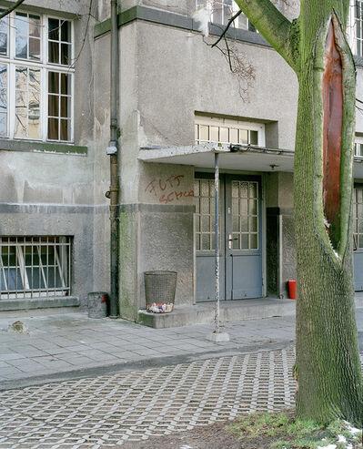 Lukas Einsele, 'Baum vor Gebäude', 2010