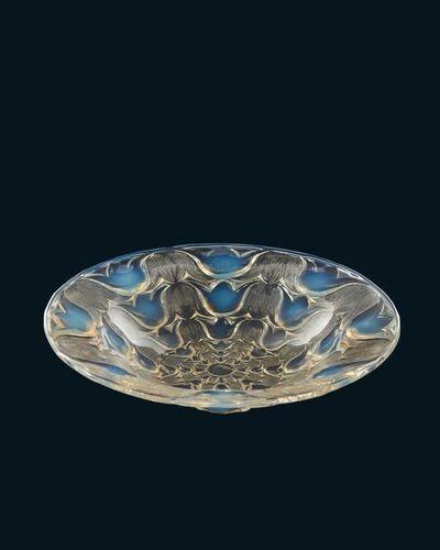 Campanules ouverte', 'No.10-378, a Lalique opalescent glass bowl', Designed 1932