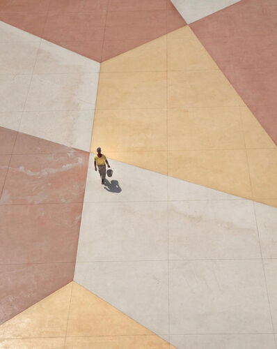 Serge Najjar, ''Walking on a Living Canvas I'', 2015
