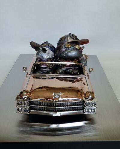 Iwaisako Yoshiro, 'KEN-EN: American Car - No,0001 - Gorilla & French Bulldog Little', 2021