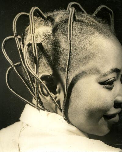 J.D. 'Okhai Ojeikere, 'Ito Lozi', 1968