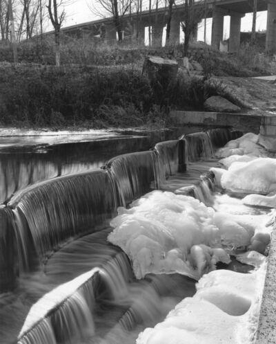 付 羽, '堤水化冰 Melting Ice at Dam ', 2013