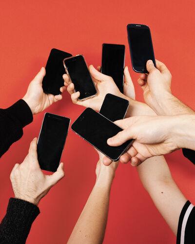 Jessica Wolfelsperger, 'The Smartphone Affaire ', 2019