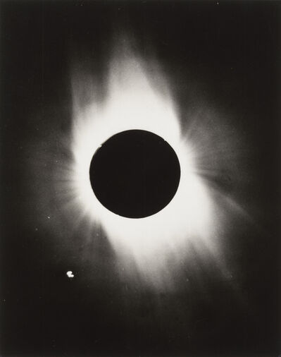 NASA, '1ère éclipse totale de soleil vue de I'espace', 1965