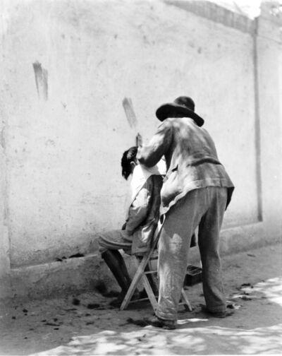Manuel Álvarez Bravo, 'Peluquero', 1924