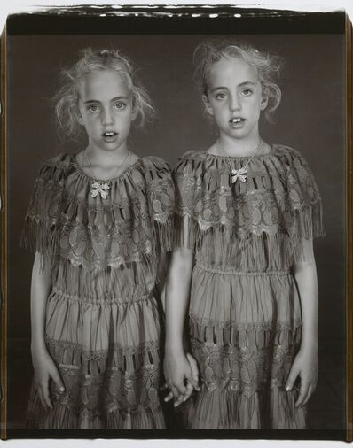 Mary Ellen Mark, 'Heather and Kelsey Dietrick, 7 years old, Kelsey older by 66 minutes',  2002