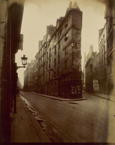 Eugène Atget, 'Vieille Cour, 22 rue Quincampoix (Old Courtyard, 22 rue Quincampoix)', 1908