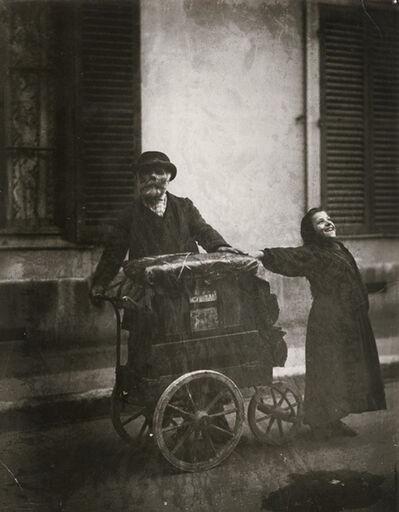 Eugène Atget, 'Joueur d'Orgue (Organ-Grinder and Girl)', 1898-99/1930s