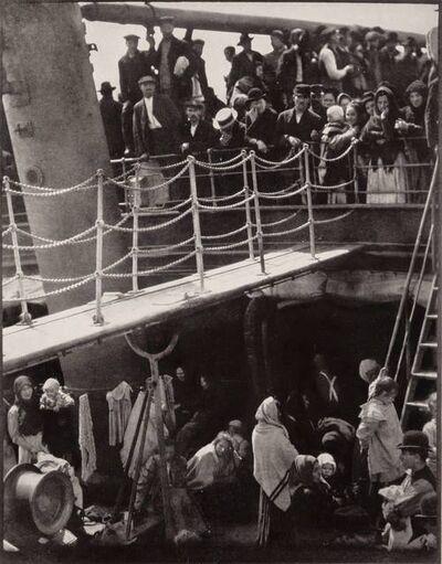Alfred Stieglitz, 'Alfred Stieglitz. Memorial Portfolio 1864-1946. Reproductions of 18 photographs...', 1947