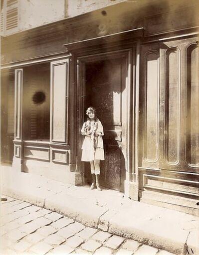 Eugène Atget, 'Versailles, Maison Close, Petite Place', 1921