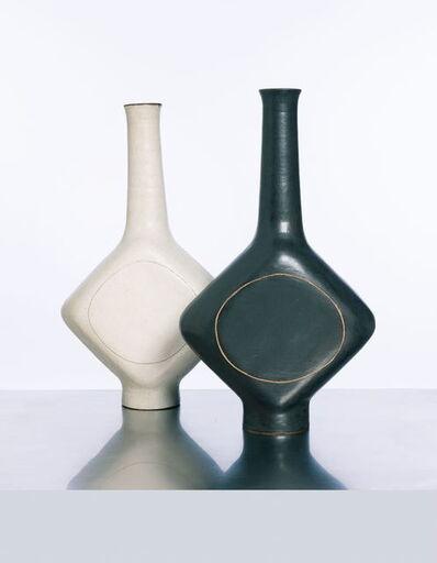 Bruno Gambone, 'Bianco & Negro  Paire de vases', vers 1980