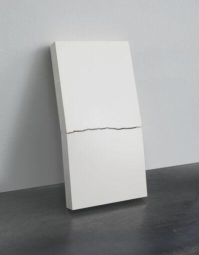Boldizs·r Szenteczki, 'Resistance White', 2016