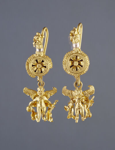 'Disk Pendant Earrings with a Figure of Eros', 220 -100 BCE