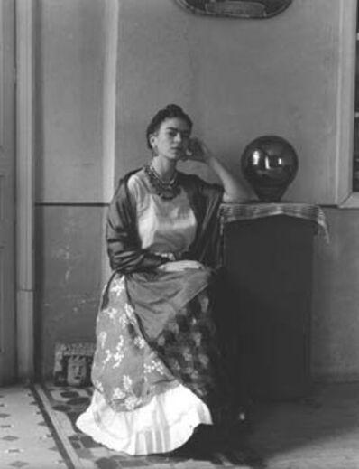 Manuel Álvarez Bravo, 'Frida Kahlo con globo, Coyoacán, México', 1938