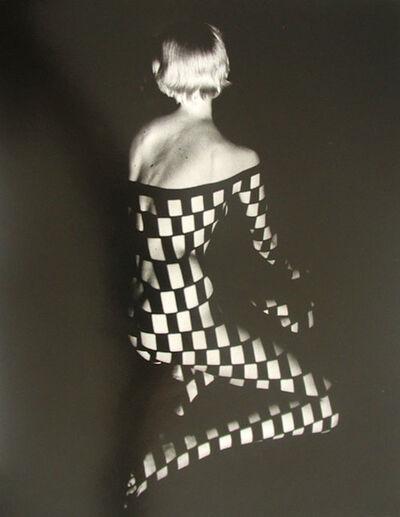 Fernand Fonssagrives, 'Décolleté Quadrille, 1936'