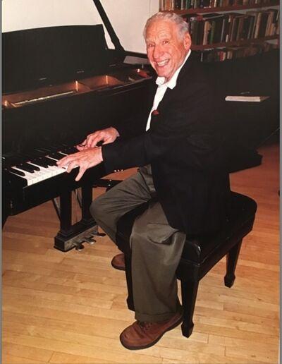 Hank O'Neal, 'Mel Brooks', 2002