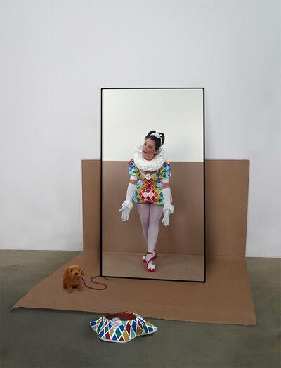 Mary Sue, 'La société du spectacle', 2018