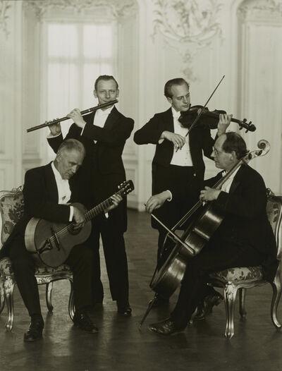 August Sander, 'Quatuor de flûtes de Brühl', 1925