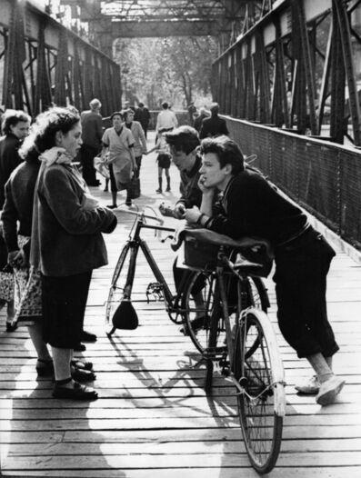 Edouard Boubat, 'Passerelle, Paris', 1952