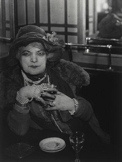 Brassaï, ''Bijou' au bar de la Lune, Montmartre ('Bijou', Bar de la Lune, Montmartre)', 1932