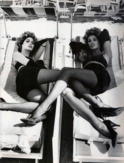 Ellen von Unwerth, 'Christy Turlington, Linda Evangelista, VOGUE Italia,', 1990