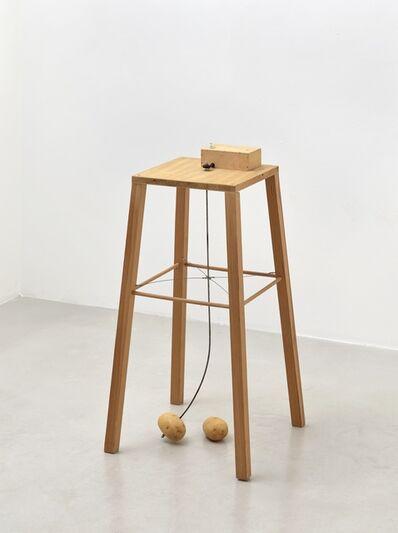 Sigmar Polke, 'Apparat, mit dem eine Kartoffel eine andere umkreisen kann', 1969