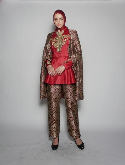 "Dian Pelangi, '""Ereditá Srivijaya"" for Torino Fashion Week 2017, ensemble (top, cape, headscarf, and skirt)', 2017"