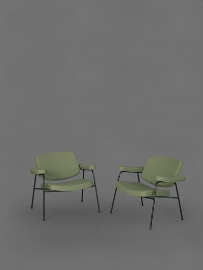Pierre Paulin (1927-2009), 'Pair of armchairs CM190F', 1958