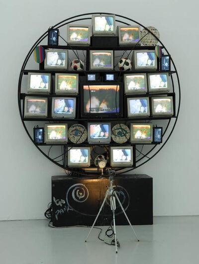 Nam June Paik, 'Sfera / Punto Elettronico', 1990