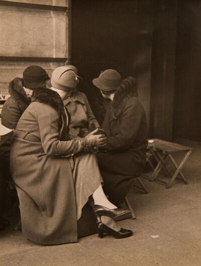 Horacio Coppola, 'Gossips, London, 1934', 1934