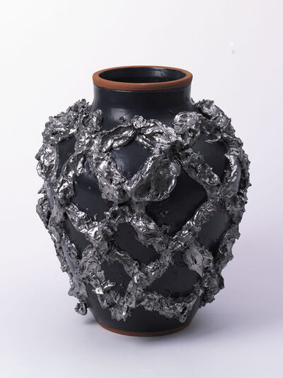 Judy Ledgerwood, '»Large Slip Motif Vase with Matte Black, Metallic Platinum« ', 2018