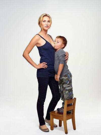 Martin Schoeller, 'Jamie Lynne Grumet with her Son', 2012