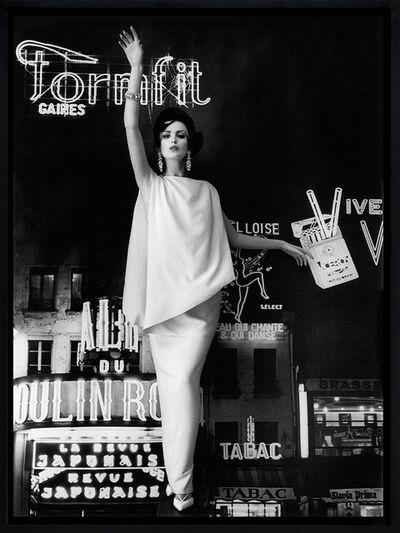 William Klein, 'Dorothy and Formfit (Vogue), Paris', 1960